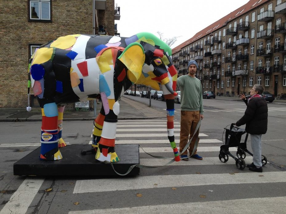 Thomas Dambo is out with his recycle elephant