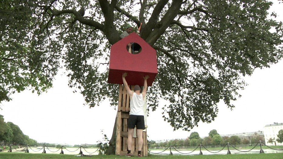 Hanging giant birdhouse from recycled materials