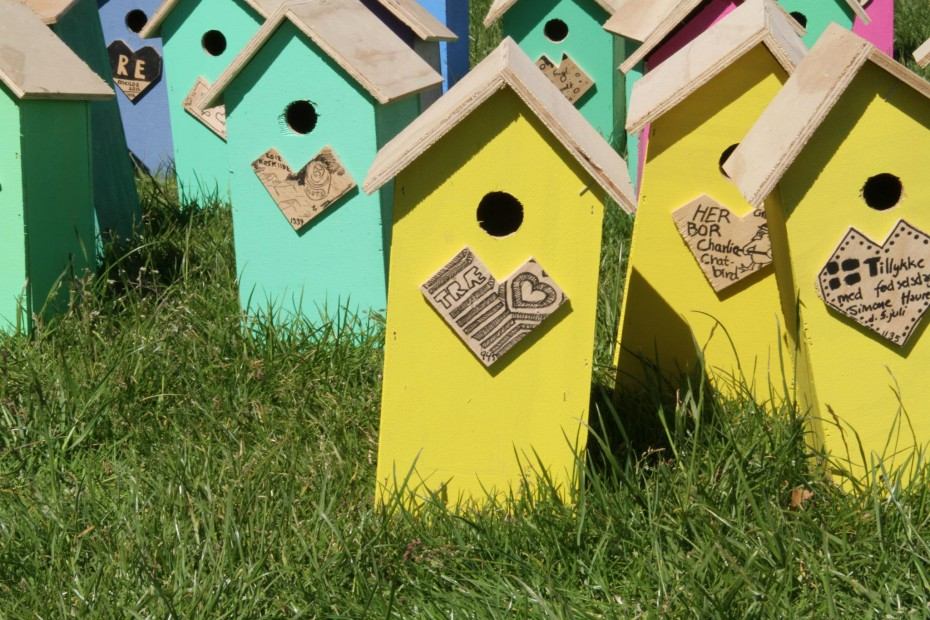 Close up picture of recycled birdhouse