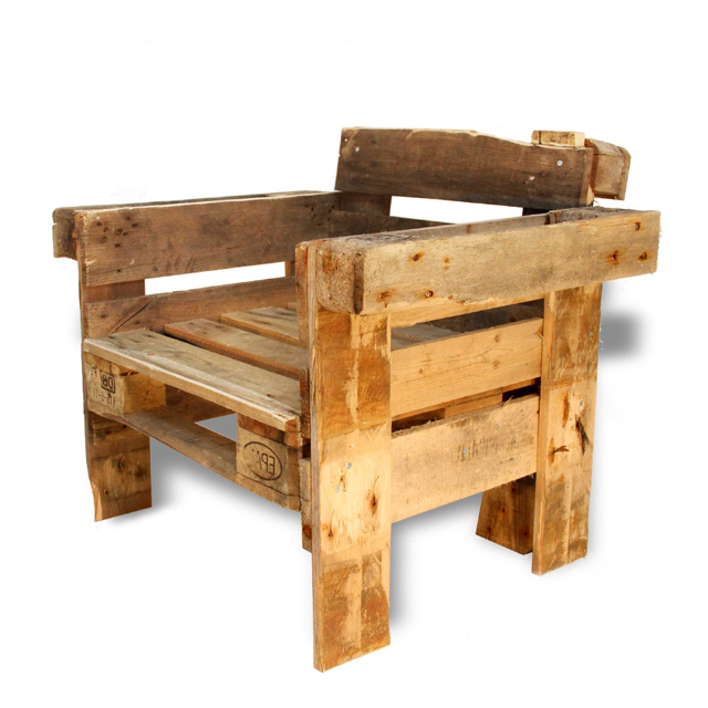 Recycle chair made from pallets