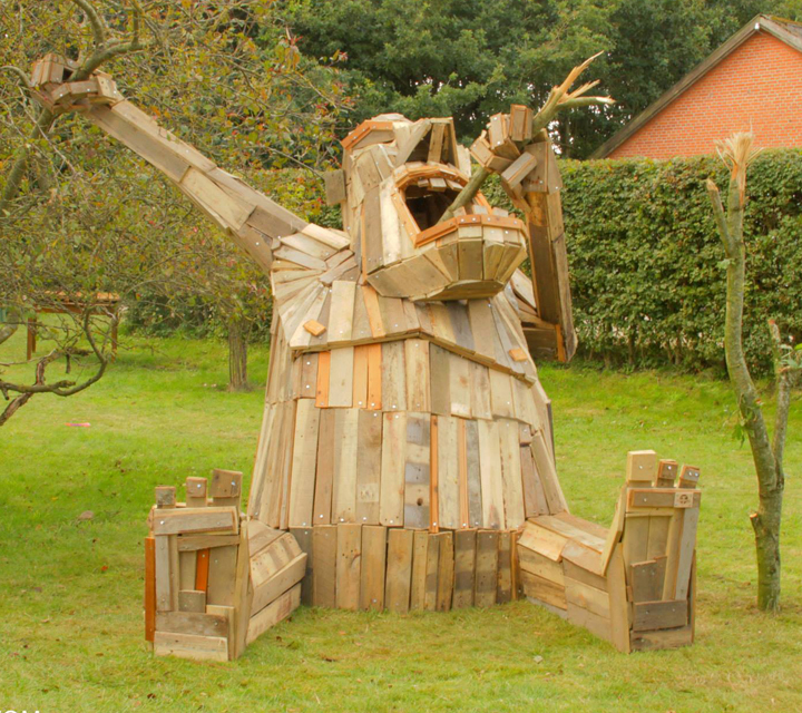 Sculptures – Thomas Dambo