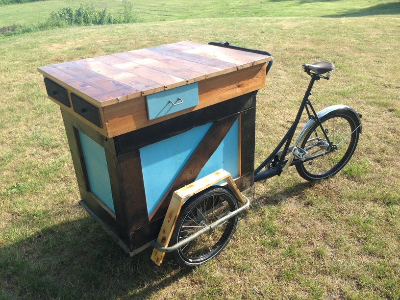 Recycled picnic bike by artist Thomas Dambo